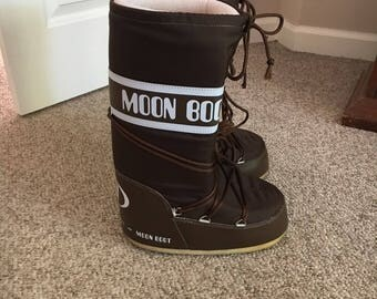 Vintage Moon Boot by Tecnica 70s Size EU 39-40 US 8 - 9.5