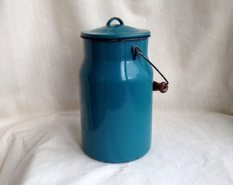 Blue enamel milk can Vintage Soviet Enamel churn Vintage jug Metal blue vase Retro kitchen storage Soviet farmhouse cottage Retro jug Soviet