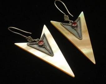 Mother of Pearl Arrowhead Arrow Drop Earrings
