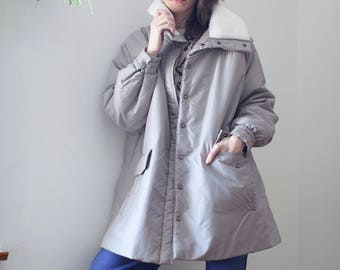 1990s Tan Puffer Parka Jacket w Shearling Collar // Trapeze Swing Coat Winter Coat sz L / XL