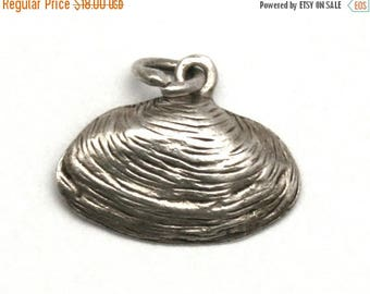 ON SALE Soft Shell Clam Bracelet Charm Vintage Sterling Silver Sea Shell