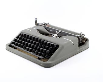 Reconditioned Montana Vintage Typewriter - Hermes Baby Clone - Vintage Working Typewriter in Excellent Condition - Ultra-Portable