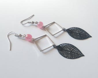 Black leaf earrings, square silver metal