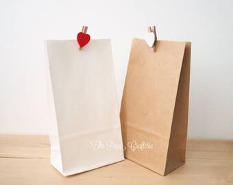 12 x Kraft / White Small Paper Gift Bags Party Favours
