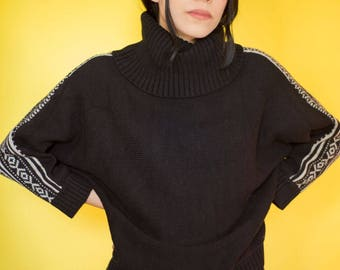 Vintage Black Knitted Batwing Sweater with Turtle Neck