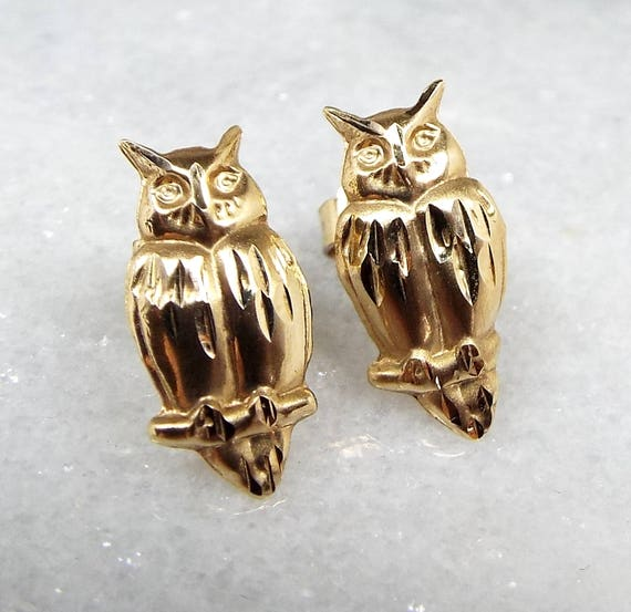 Vintage / 9ct Yellow Gold Small Lightweight Night Owl Bird Stud Earrings