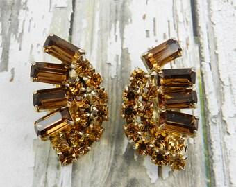 Vintage Rhinestone Earrings Rootbeer Smoked Topaz Baguette Gold Tone Finish Resale