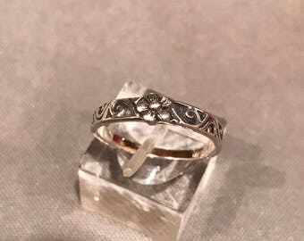Size 6.5, Vintage sterling silver handmade flower ring, 925 silver sunflower band, stamped 925