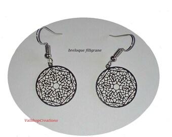 Silver filigree circle earring