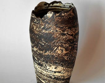 Ripple Edge Vase