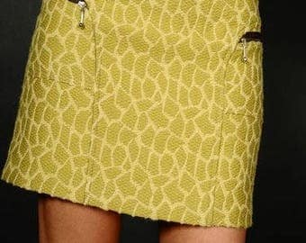 A beautiful textured yellow TM wool straight skirt