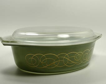 Green Scrolled Mid Century Pyrex Promotional Cinderella Style Casserole Dish Estate Sale