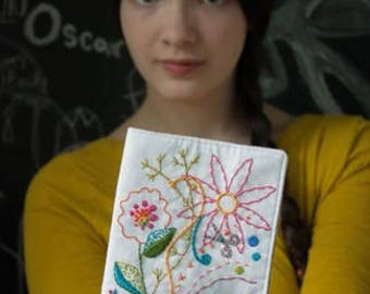 Clover Sunshine Needlebook by Alison Glass