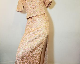 FREE  SHIPPING  1950 Asian Gown