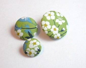 Liberty Mitsi lime green 16 mm button