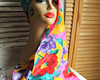 Vintage. Long/scarf. Floral print. Red/blue/yellow. Scarf. Tropical look! Fun scarf!