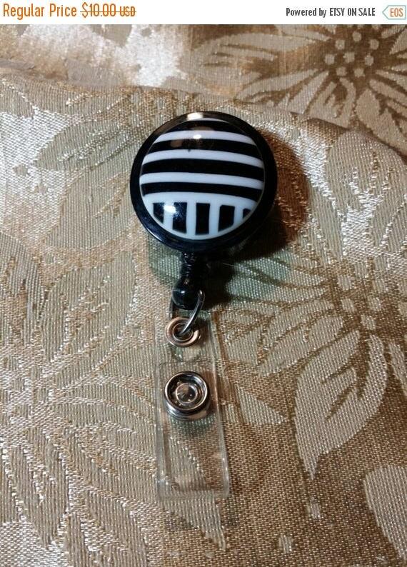 CYBER MONDAY Vintage Retractable Badge Holder