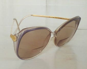Pre-Owned Retro Sunglasses/Genuine 1980s Vintage/Plastic Lavender with Gold Metal Arms/lindafrenchgallery