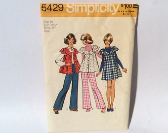 Vintage 1970s Simplicity 5429 Misses Mini Jumper Top and Pants/Baby Doll Top with Bell Bottoms
