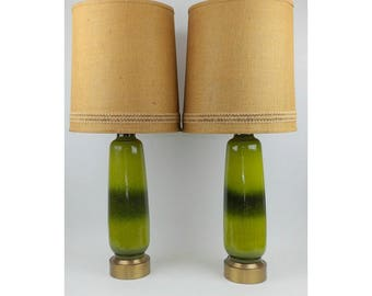Mid Century Modern Monumental Table Lamps Avocado Green Iridescent Striped Porcelain Ceramic Pair 2 With Shades Excellent Condition Lighting