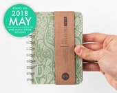 2018 2019 small planner with high quality paper Weekly pocket Diary Calendar Kalender Journal Agenda - Green Flower Robot pattern. May, June