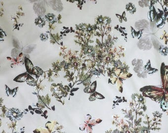 Fabric - Lady McElroy - Butterfly drapey stretch viscose - dressmaking