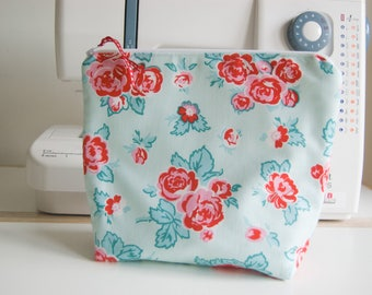 Large Handmade Cosmetic/Toiletry/Wash Bag - Holidays - Travel - Flowery - Red Roses