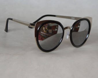 Cat eye Sunglasses with Siver Detail and Mirrored Lenses