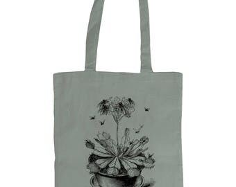 Venus Fly Trap. Altered Vintage Art Graphic Tote Bag . Grey.