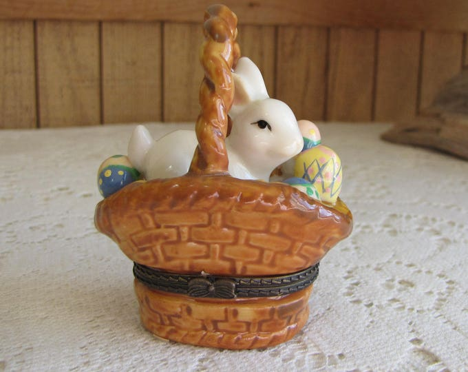 Trinket Box Ceramic Bunny in a Basket Vintage Boxes Women's Jewelry and Accessories Easter Gifts