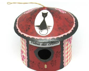 Decorative birdhouse tribe of cats, flowers and gingham pink