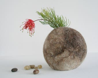 Small Vase, Llama Fiber, Hooded Vase, Stem Vase, Bud Vase, Eco Friendly, Felt Vase, Rustic Decor, Hidden Vase, Llama Gift, Animal Fibre