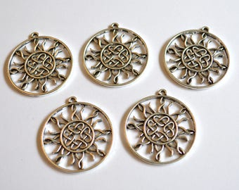 5 x Celtic Knot & Sun Pendants ~ Antique Silver ~ Lead and Nickel Free