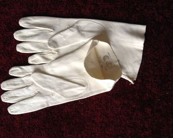 1940's Utility chamois leather gloves