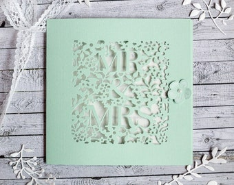 """""""Mr & Mrs"""" perforated participation"""