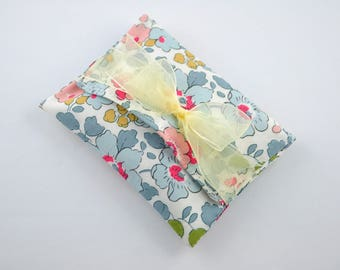Pouch/box tissue Liberty Betsy porcelain dragees