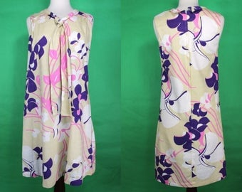 Hawaiian Dress    60's Hawaiian Abstract Floral Print 60's A-Line Dress With Bow