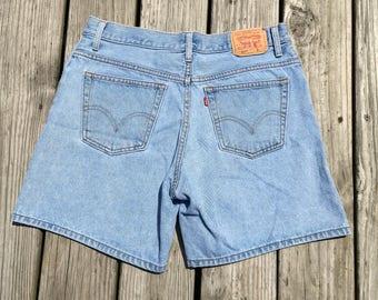Vtg High Waisted Levi Shorts