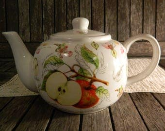 The Leonardo Collection Bone China Teapot Apples Fruit Flowers Design 2-4 Cups