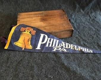 Vintage Philadelphia PA pennant