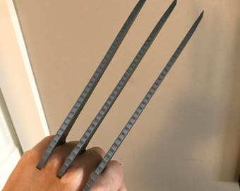 Wolverine Claws (variable sizes)