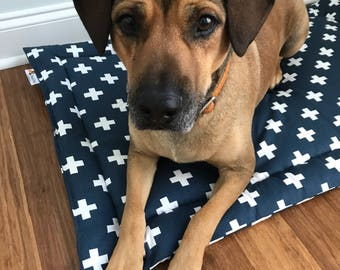 Dog Bed Mat, Crate Bed, Crate Mat, Flippable Crate pad, Dog Crate Bed, Summer Dog Bed, Dog Bed Pad, Cool Crate Pad, Swiss Cross Crate Mat