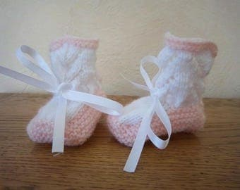 Wool slippers 0/3 months (pink and white)