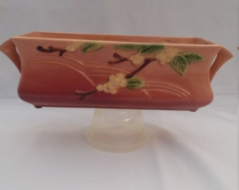 Roseville Pottery Snowberry Window Box