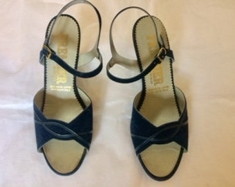 Vintage sandals shoes 70s navy blue faux suede by Premier made in the UK sandals size uk 5 eu 38 US 7