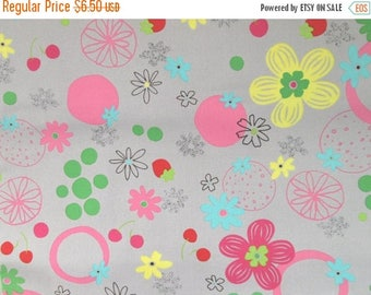 CIJSale Isso Ecco and Heart  40065 - 90 Lecien  Sold By The 1/2 Yard