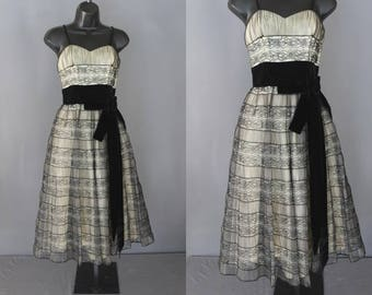 50's Prom Dress    50's Black Lace And Tulle Illusion Prom Dress
