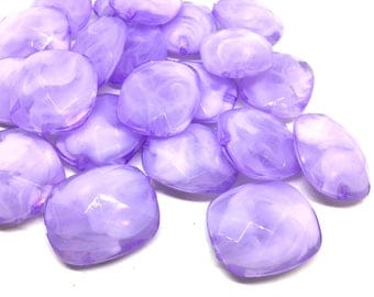 Creamy lavender Beads, Oval Faceted 31mm acrylic beads, chunky necklace, craft supplies, wire bangle beads, jewelry making, purple jewelry