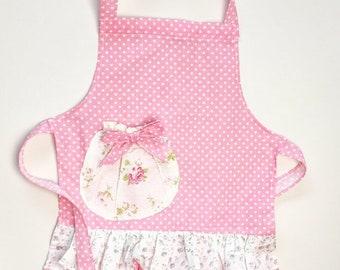 Girls apron . Toddler apron . For girls . Playtime apron .