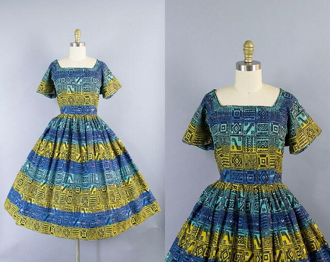 1950s Novelty Print Dress/ Medium (40b/30w)